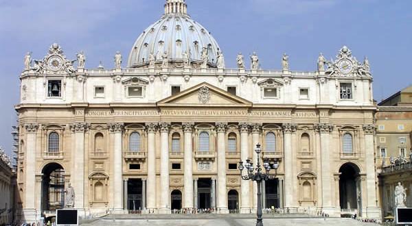 La basilique Saint-Pierre, Rome, Italie. Auteur et Copyright Marco Ramerini