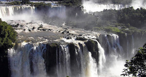 Chutes d'Iguazu, Brésil-Argentine. Author and Copyright Marco Ramerini