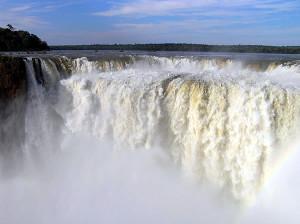 Garganta del Diablo, Chutes d'Iguazú, Brésil-Argentine. Author and Copyright Marco Ramerini
