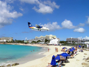 Maho Bay, Saint-Martin/Sint Maarten. Author and Copyright Marco Ramerini