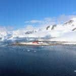 La base antarctique chilienne González Videla, Waterboat Point, Paradise Harbor, Antarctique. Auteur et Copyright Marco Ramerini