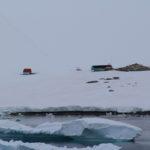 Refugio Bahía Dorian (Argentine), Dorian Bay, Île Wiencke, archipel Palmer, Antarctique. Auteur et Copyright Marco Ramerini