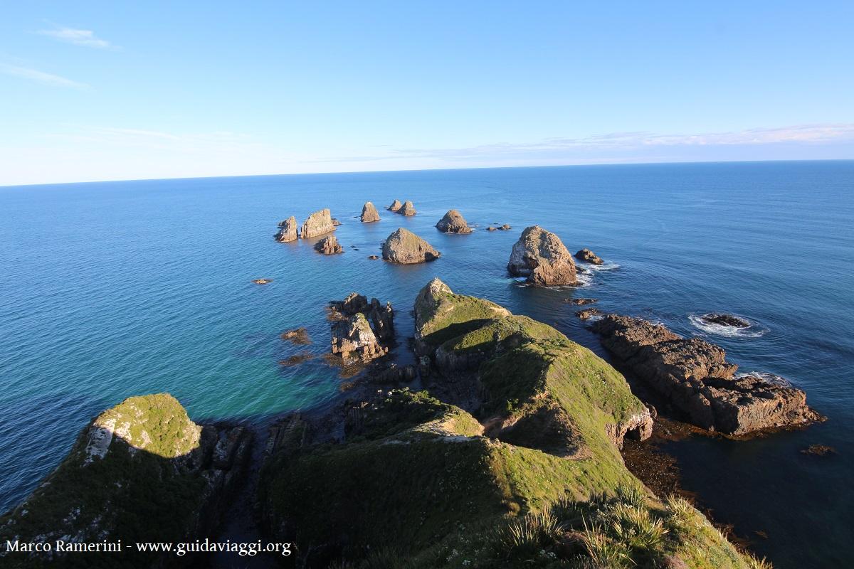 Les rochers de Nugget Point, Catlins, Nouvelle-Zélande. Auteur et Copyright Marco Ramerini