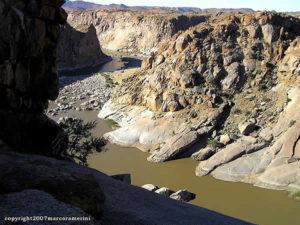 Gorges de la rivière Orange, Parc National d'Augrabies, Afrique du Sud. Auteur et Copyright Marco Ramerini