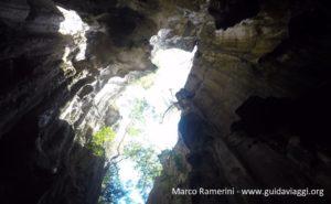 Grotte de Sawa-I-Lau, Yasawa, Fidji. Auteur et Copyright Marco Ramerini