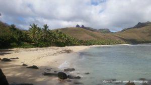 La plage de l'Octopus Resort, Waya, Isole Yasawa, Fidji. Auteur et Copyright Marco Ramerini.