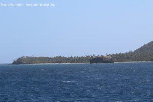 L'îlot de Sivia à l'extrême sud de l'île de Yasawa, Fidji. Auteur et copyright Marco Ramerini.