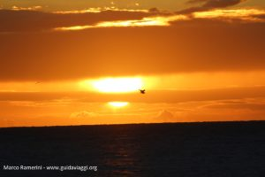 Coucher du soleil, Nacula, îles Yasawa, Fidji. Auteur et Copyright Marco Ramerini