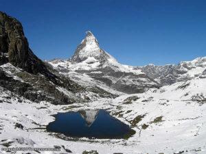 Le Riffelsee et le Matterhorn-Cervino, Zermatt, Suisse. Auteur and Copyright Marco Ramerini