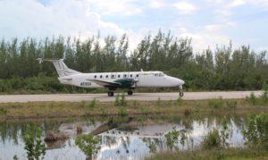 L'avion reliant l'aéroport Stella Maris à Nassau. Long Island, Bahamas. Auteur et Copyright Marco Ramerini