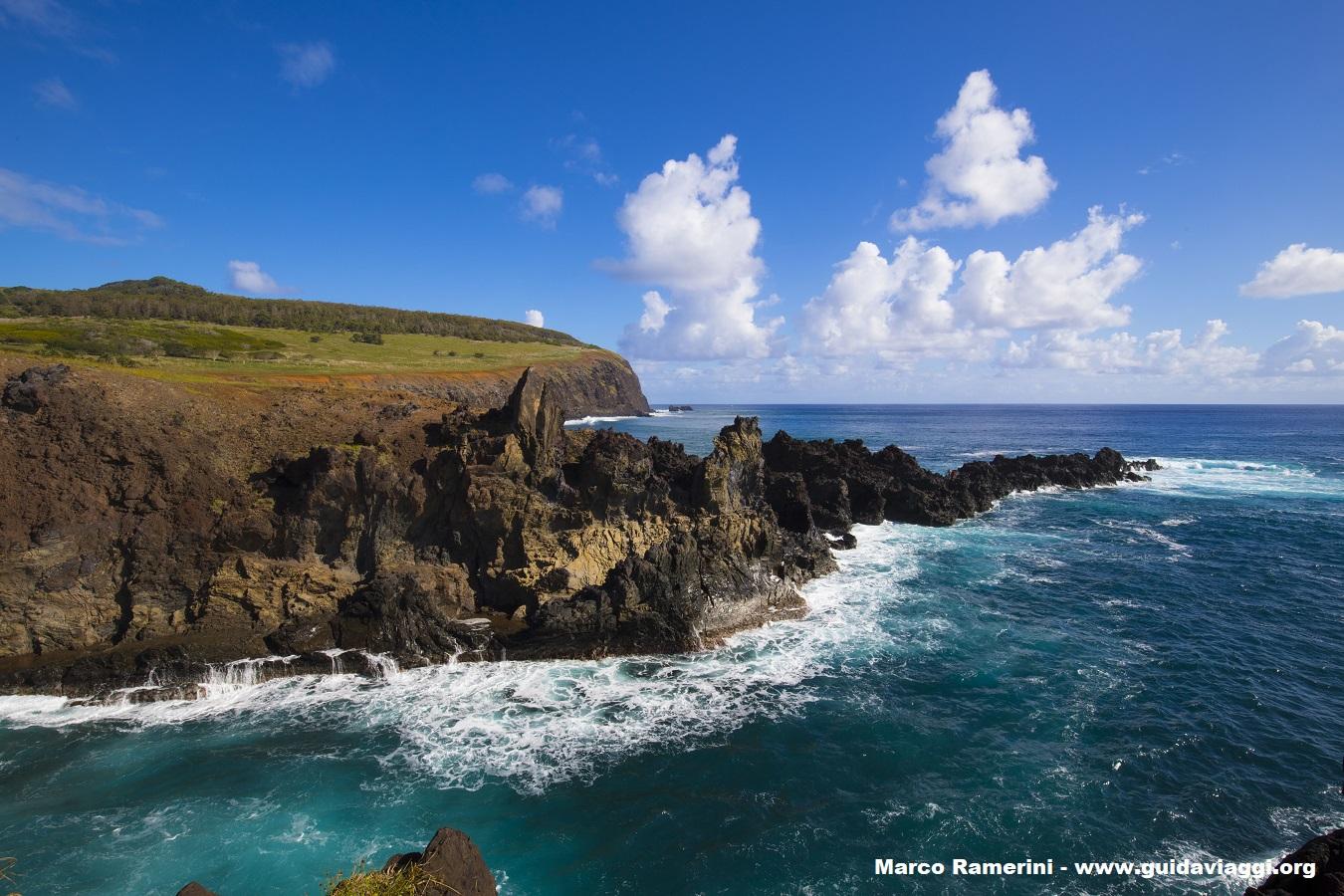 Ana Kai Tangata, Île de Pâques, Chili. Auteur et Copyright Marco Ramerini