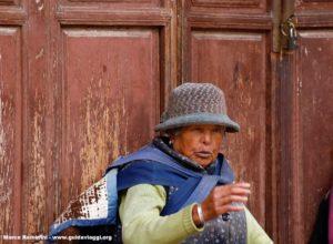 Femme, Baisha, Yunnan, Chine. Auteur et Copyright Marco Ramerini