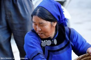 Femme, Shengcun, Yuanyang, Yunnan, Chine. Auteur et Copyright Marco Ramerini