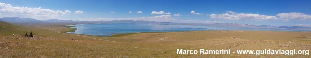 Voyage à travers les montagnes de l'Asie centrale. Le lac Song Kol, Kirghizistan. Auteur et Copyright Marco Ramerini
