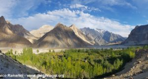 Cônes de Passu, vallée de Hunza, Pakistan. Auteur et Copyright Marco Ramerini